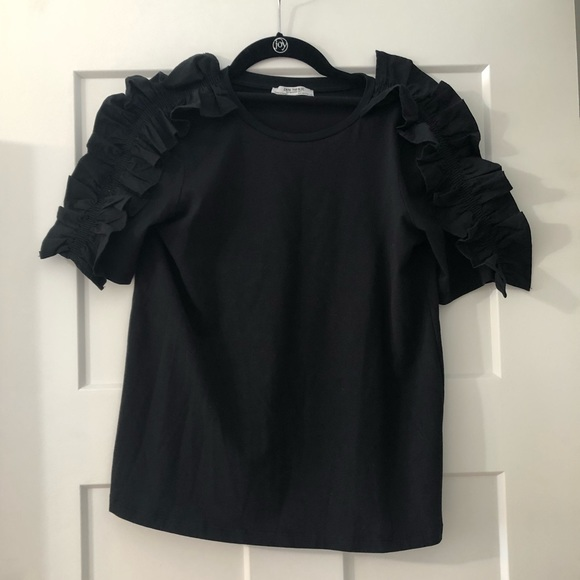 Tops - Black ruffle t-shirt